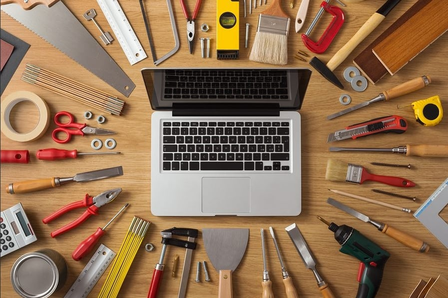 Know_What_Best_Tools_Equipment_Painters_Use
