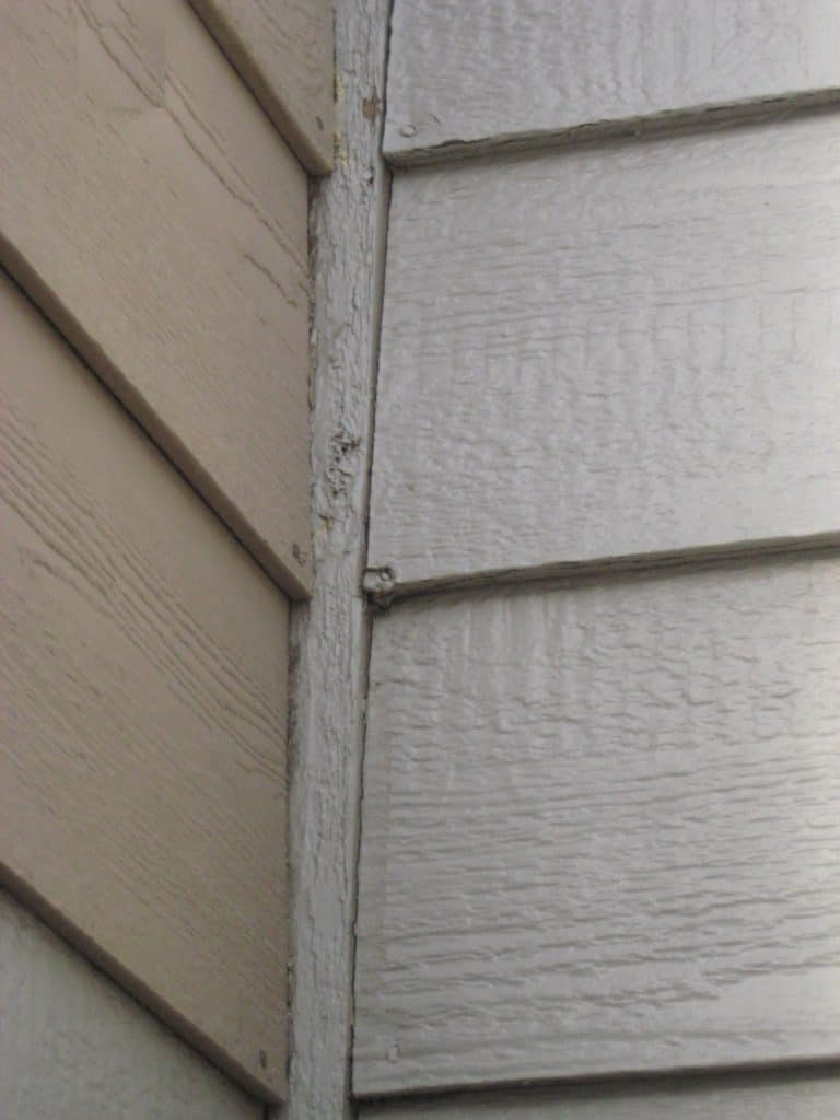 Caulk_all_cracks_90_degrees