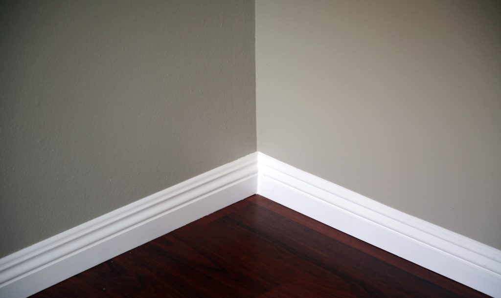 How_Do_You_Prepare_Baseboards_For_Painting