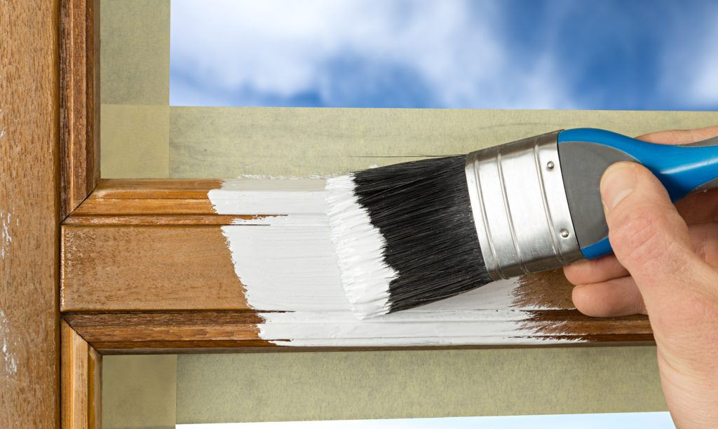 preparing_exterior_wood_trim