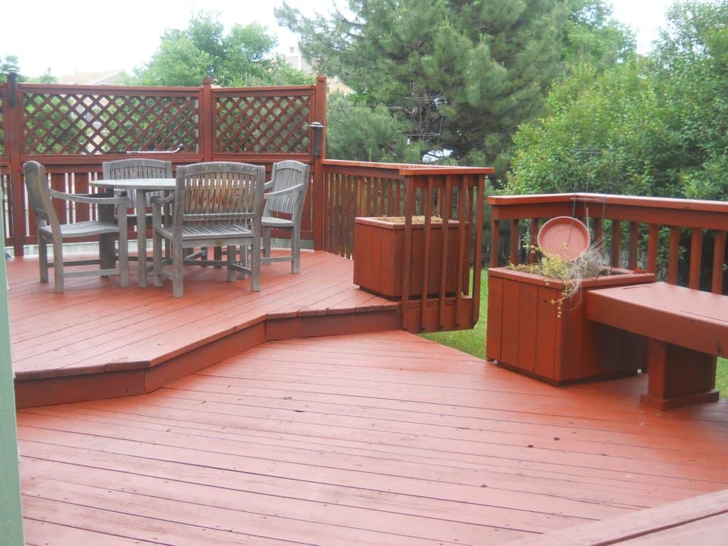 Need-To-Remove-Deck-Paint