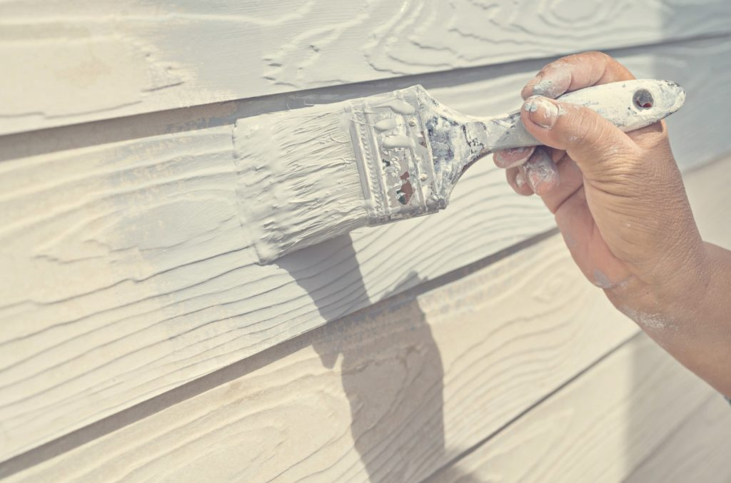 How_To_Paint_Over_Old_Exterior_Paint