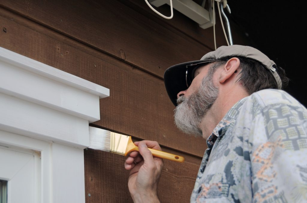 How_To_Repaint_Exterior_Wood_Trim
