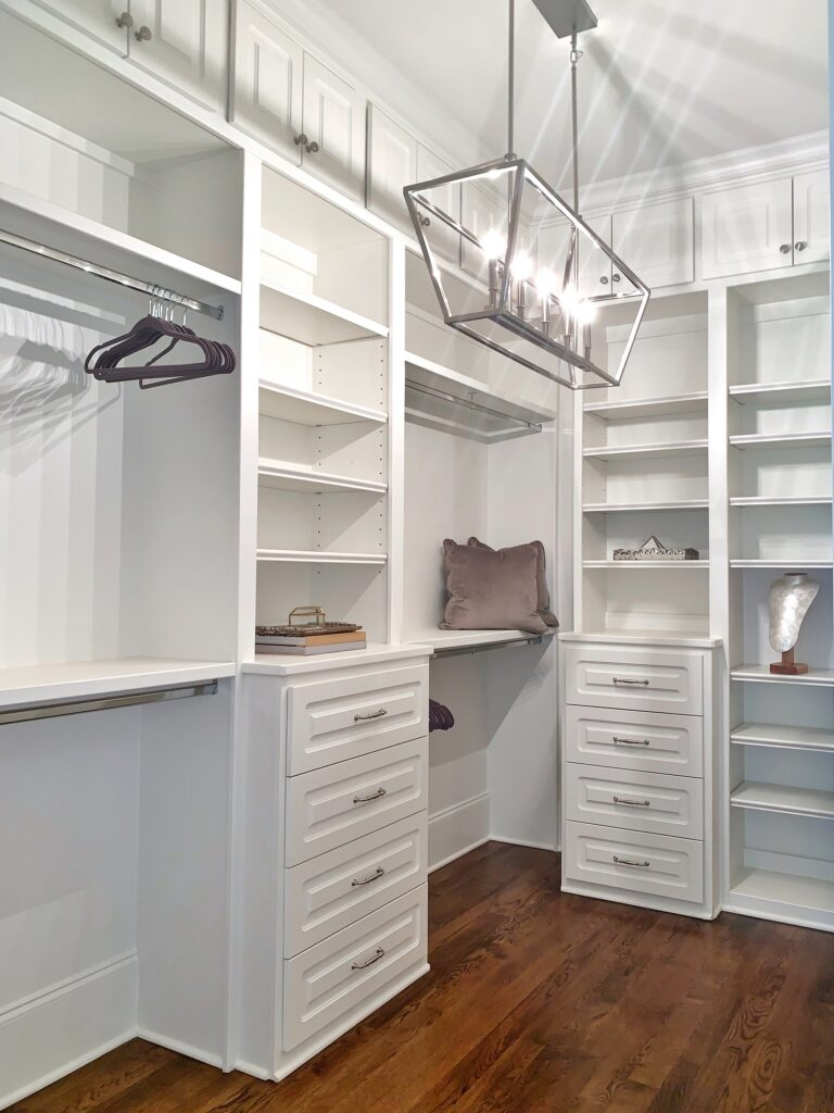 Best_Paint_Finish_To_Use_In_Closets