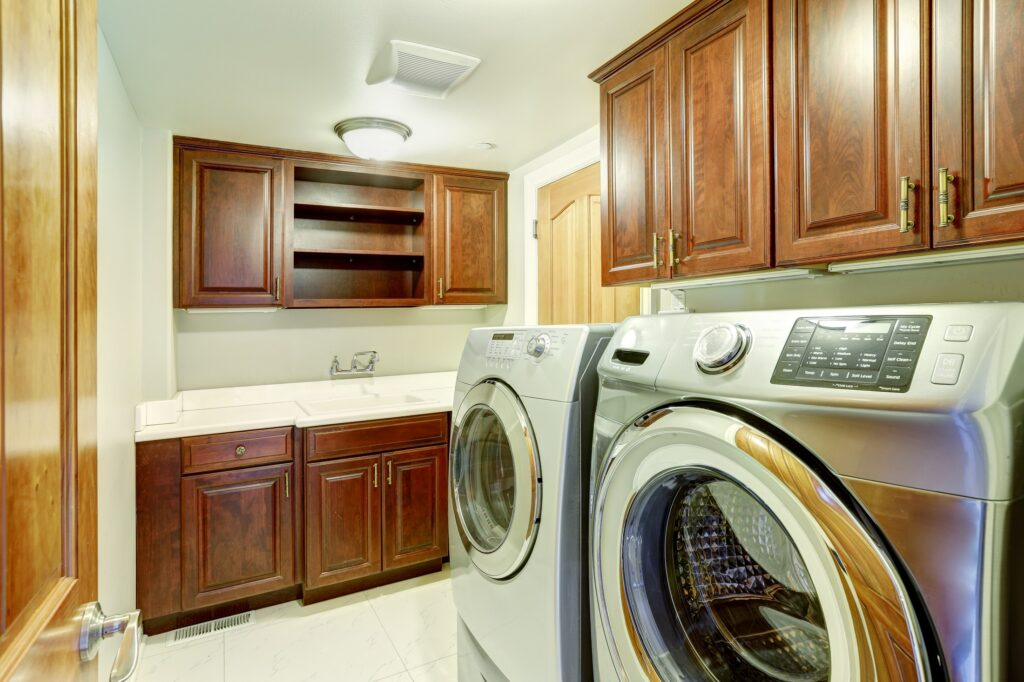 Laundry_Room_With_Different_Paint_Finishes