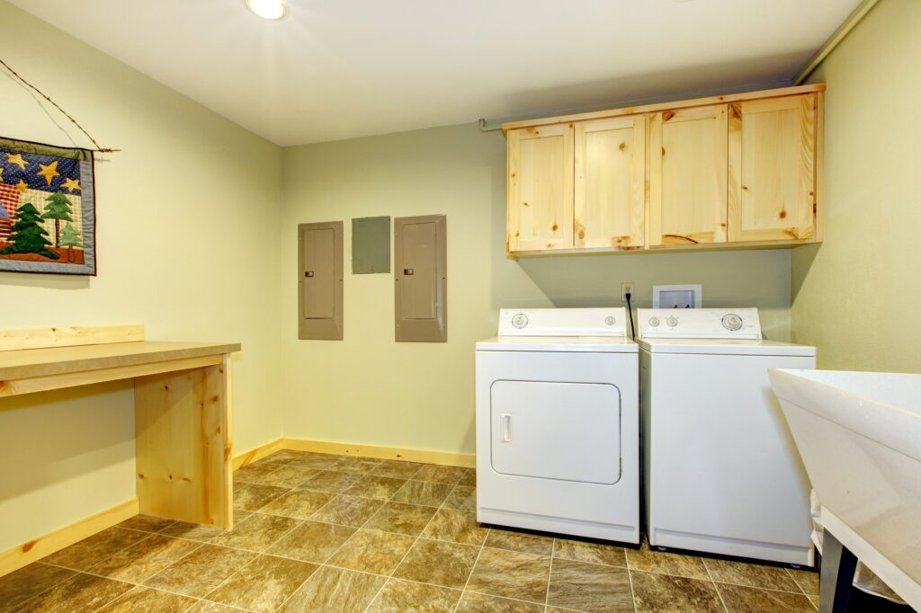 Laundry_Rooms_With_Different_Paint_Finishes