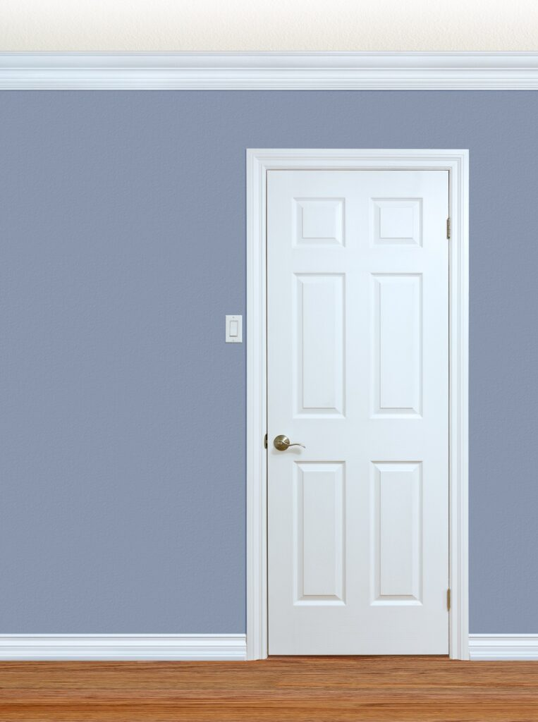 Satin_Or_Semi_Gloss_For_Trim_And_Doors