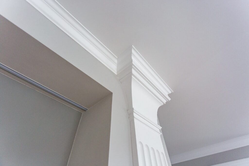Best_Paint_Brands_And_Primers_For_Trim_Baseboards