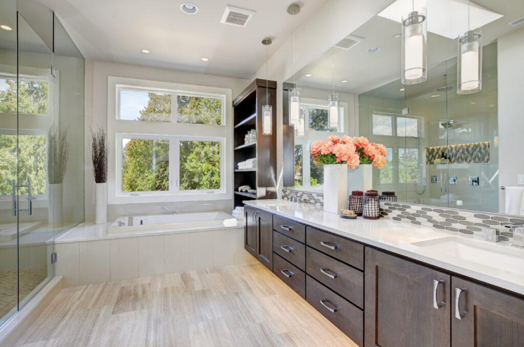 Satin_Or_Semi_gloss_For_A_Steamy_Bathroom