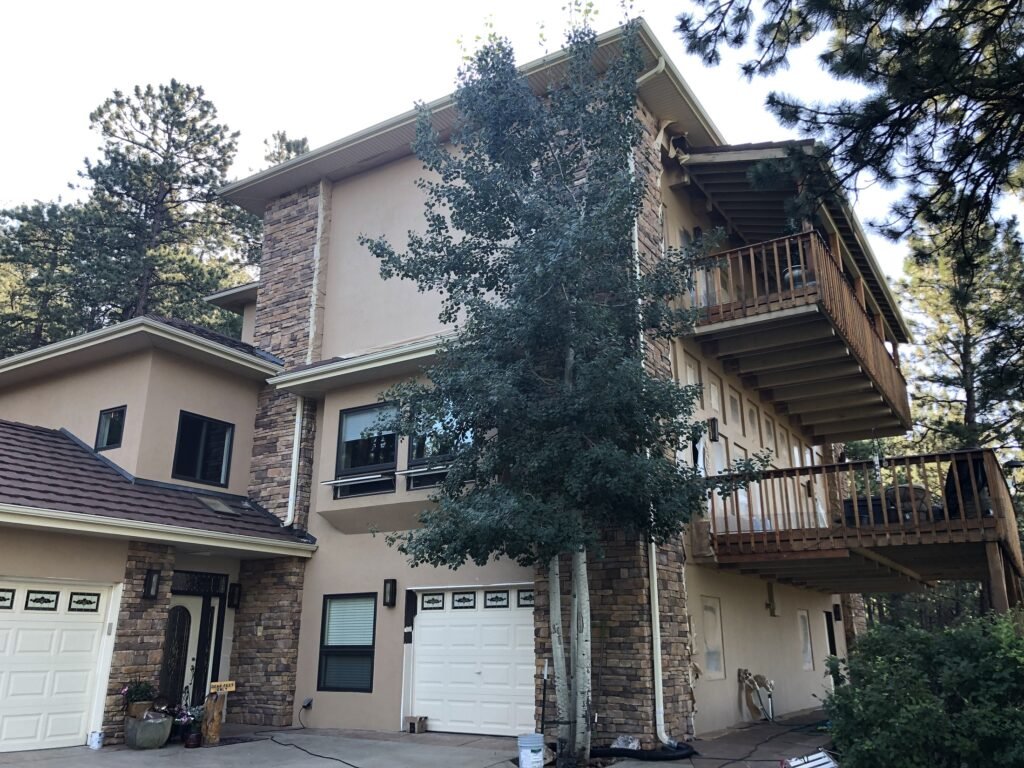 Exterior_Painting_In_Denver_Evergreen_CO